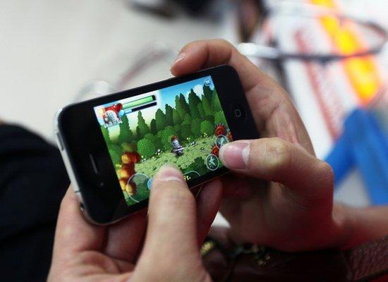 艾瑞视点:2013年日本超七成手游用户每周玩1-3款游戏