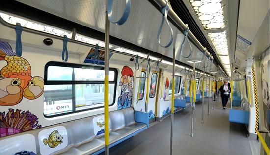 中国首列无人驾驶地铁开通:100%自主
