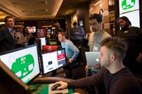 AI又在扑克领域制霸 这次的胜利与AlphaGo有何不同?