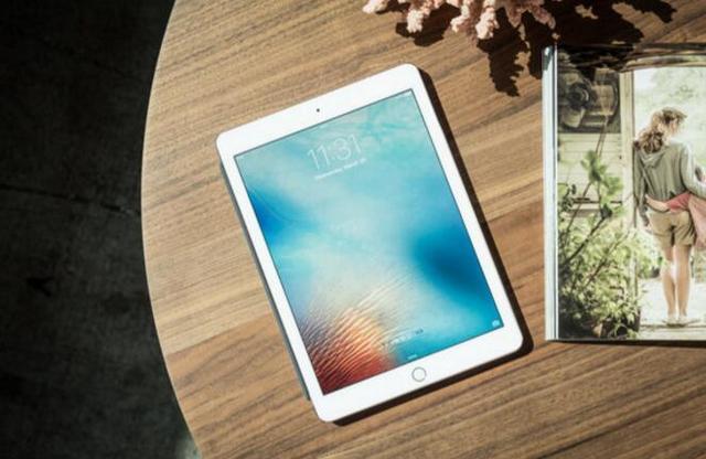 苹果三月春季发布会:推新iPhone SE和红色iPhone 7