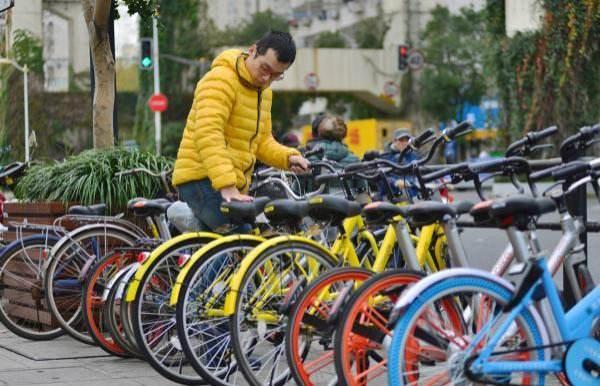 共享单车带动产业发展 防晒手套销量同比增140%