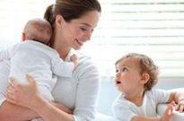 艾瑞:母婴家庭群体快速扩张,爸爸和祖辈育儿参与度凸显