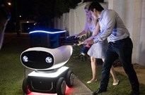 外卖小哥要失业,王兴:送外卖机器人将很快出现