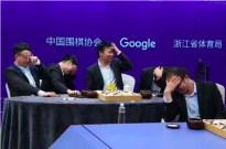 AlphaGo以一敌五轻松获胜,面对自己时终尝败绩