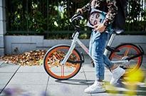 共享单车每辆车都应打钢印:一般用三年应报废