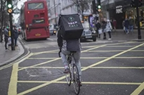Uber加大外卖业务投入 今年将扩张至100座新城市
