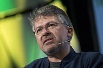 苹果将谷歌搜索和AI主管招致麾下 直接向库克汇报工作
