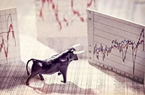 8家公司同天IPO 为何新经济扎堆抢滩港股市场?