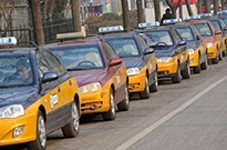 我们在北京打了13辆出租车,听的哥儿们讲述和网约车的爱恨情仇