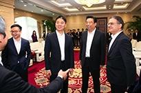 刘强东现身京东总部 京东与如意达成战略合作