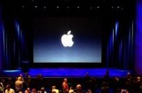 华尔街分析师:新iPhone预订量下滑 苹果股价大跌2.7%