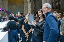 iPad售价首次破万!库克:期待全球用户使用它创作