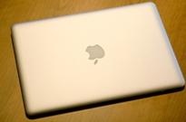新MacBook Air遭用户吐槽:摄像头成像太差