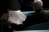 报纸落后了:更多的美国人从社交媒体上看新闻