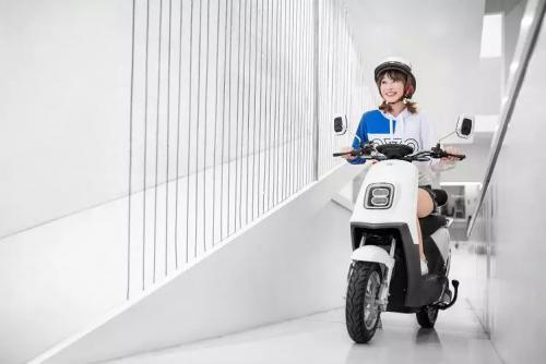 雅迪电动车 贴近年轻群体 打造更舒适的都市轻骑