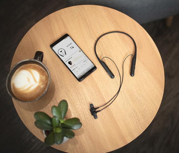 与橡皮泥一样软的无线蓝牙降噪耳机――索尼WI-C600N