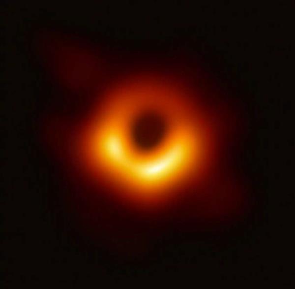 """""""洗出""""黑洞照片的MIT女博士正被网络暴力疯狂骚扰"""