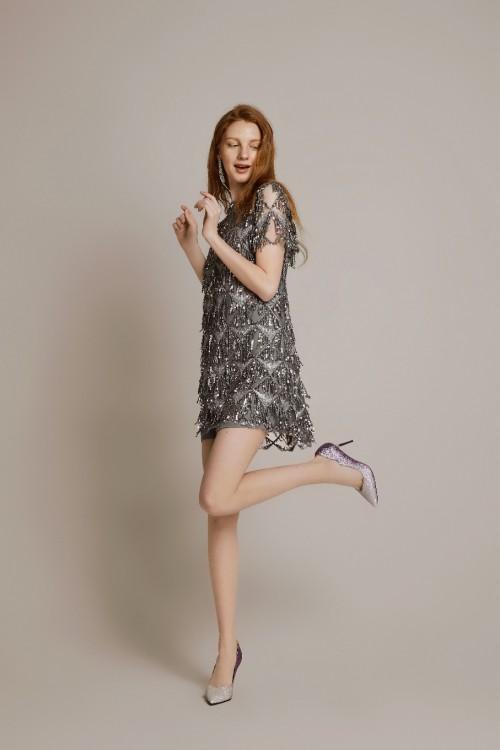 达芙妮属于什么档次,一款时尚与品质的追逐者