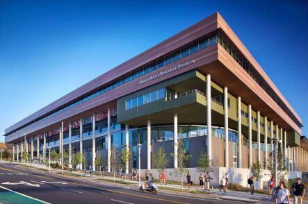 高考后留学南卡罗来纳大学,就读世界百强商学院