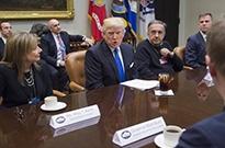 """白宫将召开""""社交媒体峰会"""" FB和Twitter却未受邀请"""