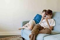 拒绝手机成瘾从娃娃抓起,幼儿私教经济悄然兴起