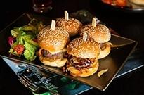新餐饮潜规则:外卖比堂食贵?