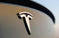 特斯拉重新宣布对Model X/S新买家提供免费充电服务