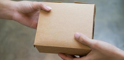 媒体评盲盒玩具被炒高40倍:万物皆可炒,风险谁看到