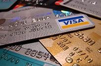 过度向大学生营销信用卡迎强监管