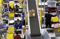 关键购物季来临 美国线上零售商顶住压力挽留顾客