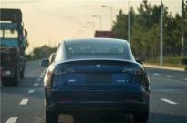 国产特斯拉首批车主将收车,特斯拉股价周一涨6%