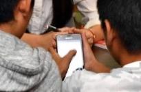日本青少年网瘾问题堪忧:六成中小学生有网友 近两成见过面