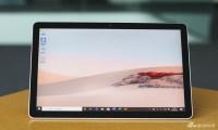 微软Surface Go 2开箱图赏:边框变窄 屏幕更精细