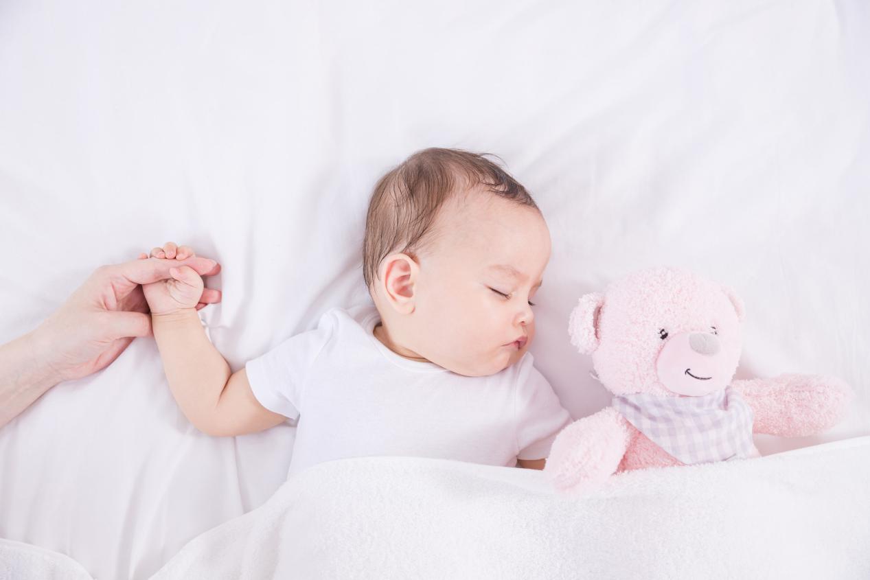 摄图网_501346774_banner_母婴睡眠陪伴(非企业商用)