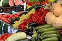被社区团购盯上的菜市场:营业额降至冰点 摊位费不降反增