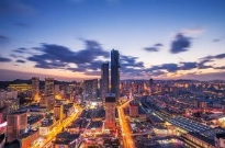 跨越百万亿的中国经济