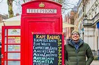 """1英镑可""""领养""""电话亭 英国人拼了..."""